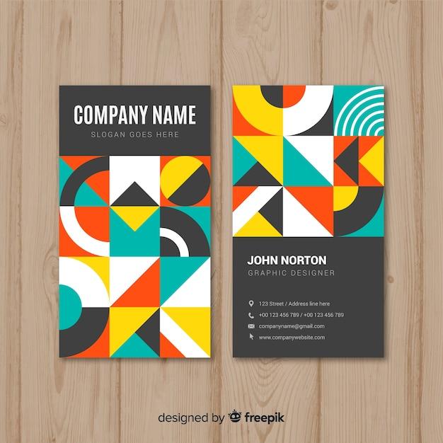 Kleurrijke visitekaartjesjabloon met geometrisch ontwerp Gratis Vector