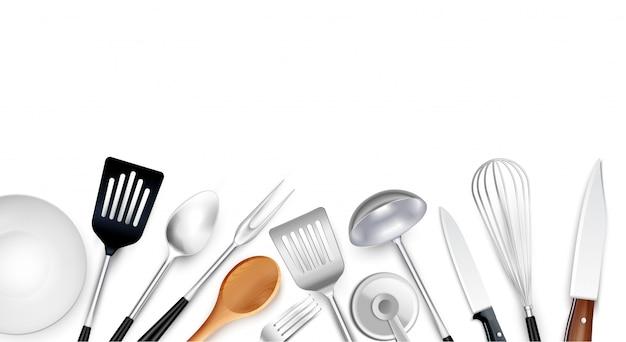 Koken tools achtergrond samenstelling met realistische afbeeldingen van keukengerei items gemaakt van staal, kunststof en hout Gratis Vector