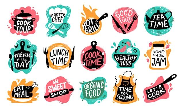 Koken voedsel belettering. keukenbadge-logo's, bakvoedsel-typografie en kooketiketten ingesteld Premium Vector