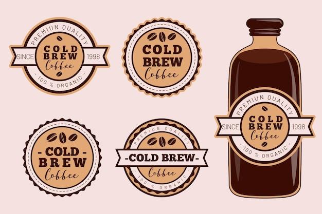 Koudgezette koffie-etiketten Gratis Vector