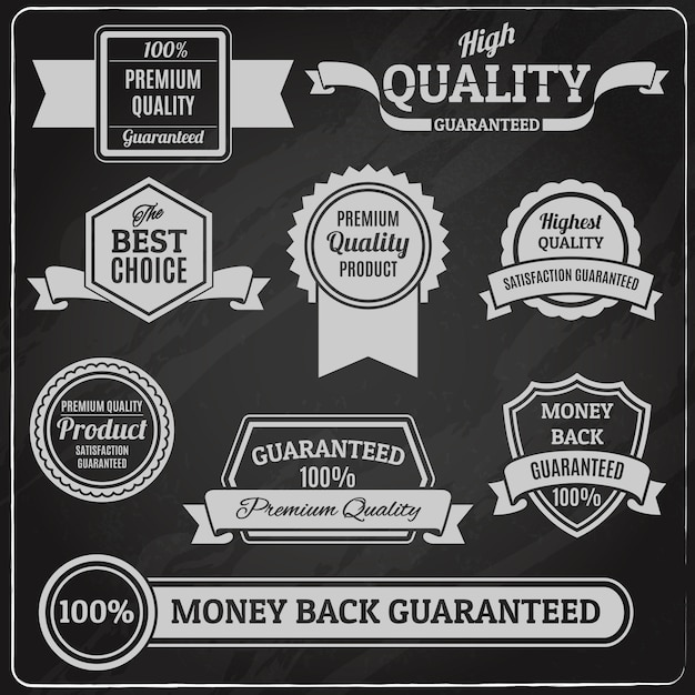 Kwaliteitslabels en badges op schoolbord Gratis Vector