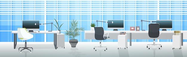 Leeg geen mensen coworking center moderne werkplekken open ruimte kantoor interieur horizontaal Premium Vector