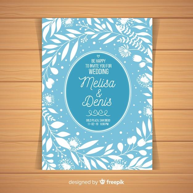 Lichtblauwe bruiloft uitnodiging sjabloon Gratis Vector