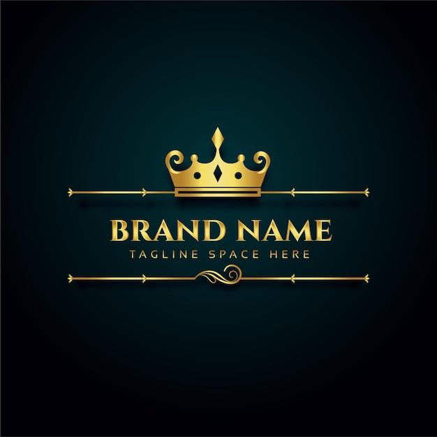 Luxe merklogo met gouden kroonontwerp Gratis Vector