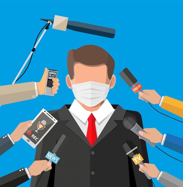 Man met gezichtsmasker toespraak houden op conferentie Premium Vector