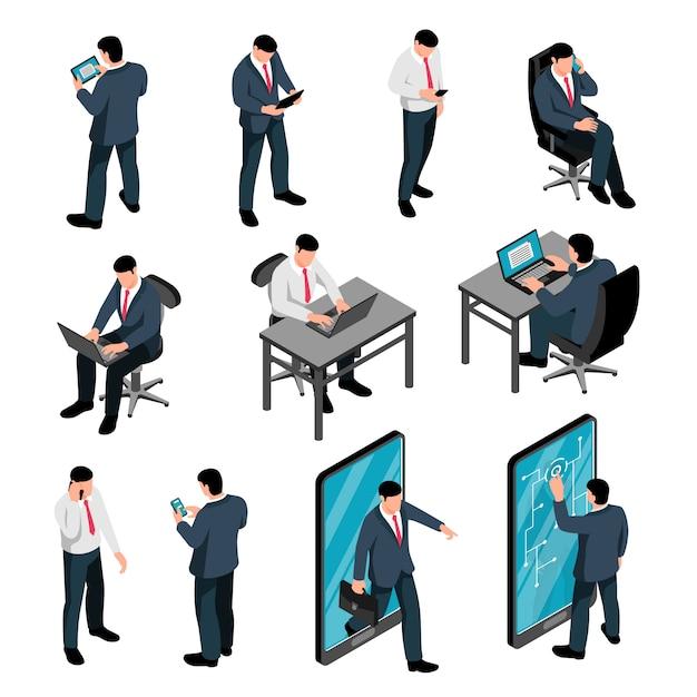 Mannen met apparaat isometrische set van mannelijke personages houden smartphones sms'en praten en werken met behulp van laptop geïsoleerd Gratis Vector