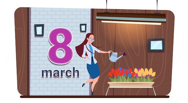 Meisje het water geven tulp bloeit gelukkig vrouwen dag 8 maart-vakantieconcept Premium Vector