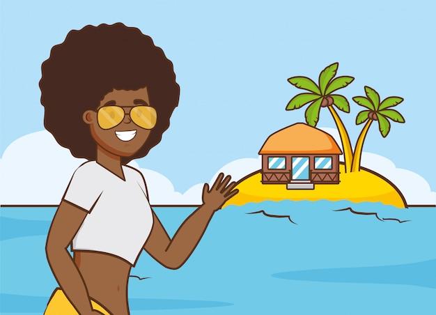Meisje in strandvakanties Gratis Vector