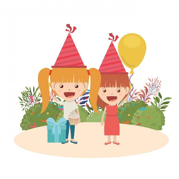 Meisjes met feestmuts en heliumballon in verjaardagsviering Premium Vector