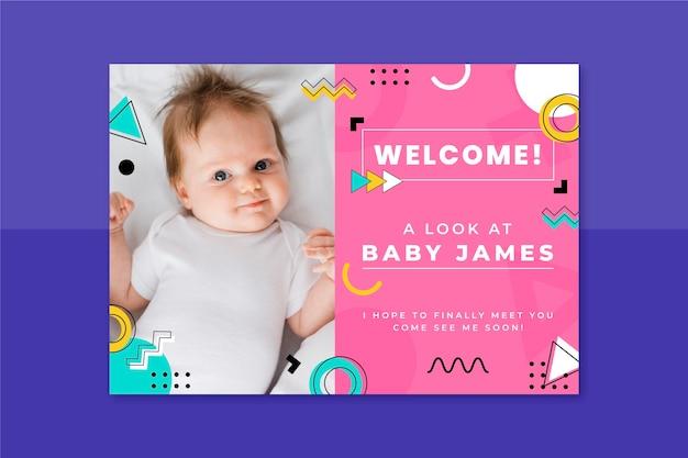 Memphis kinderlijke babykaart Gratis Vector