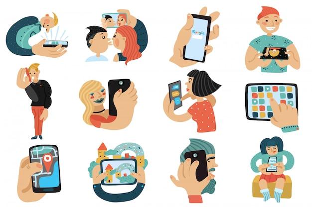 Mensen met mobiele telefoons set Gratis Vector