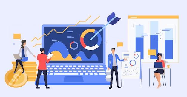 Mensen uit het bedrijfsleven analyseren marketingrapporten Gratis Vector