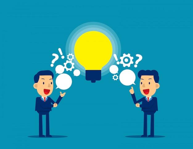 Mensen wisselen vragen en ideeën uit Premium Vector