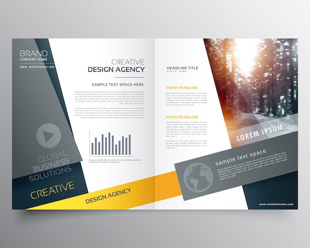 Modern bifold brochure ontwerp sjabloon of magazine cover pagina ontwerp Gratis Vector