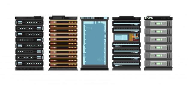 Moderne platte serverrekken. computerprocessorservers voor serverruimte. vector set geïsoleerd Premium Vector