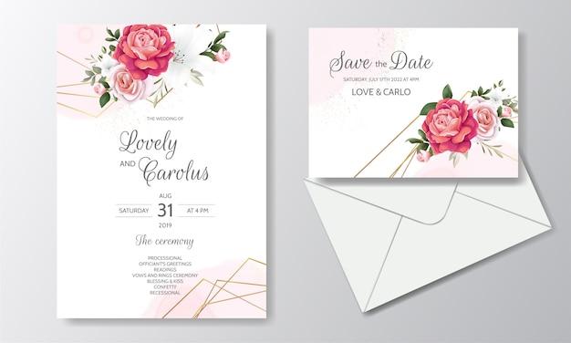 Mooie bloemenhuwelijksuitnodiging met bloeiende rozen en groene bladeren Premium Vector