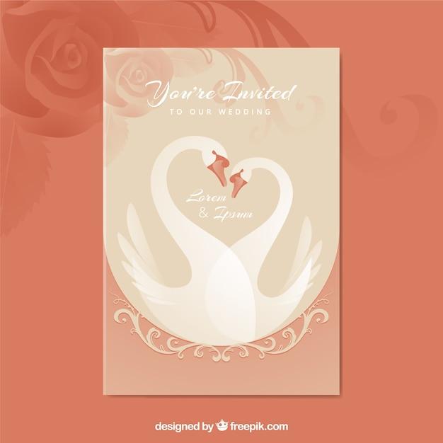 Mooie bruiloft uitnodiging met zwanen Gratis Vector