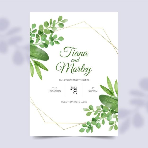Mooie bruiloft uitnodiging sjabloon met florale versieringen Gratis Vector