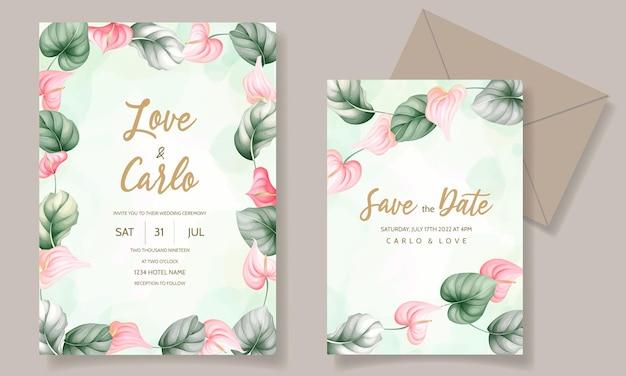 Mooie hand getrokken bloemen bruiloft uitnodigingskaart Gratis Vector