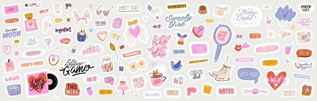 Mooie liefdesstickers met valentijnsdagelementen en citaten. romantisch cartoonbeeld en trendy belettering. Premium Vector