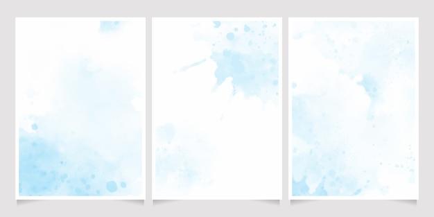 Mooie marineblauwe aquarel natte wassplons uitnodiging kaartsjabloon collectie Premium Vector