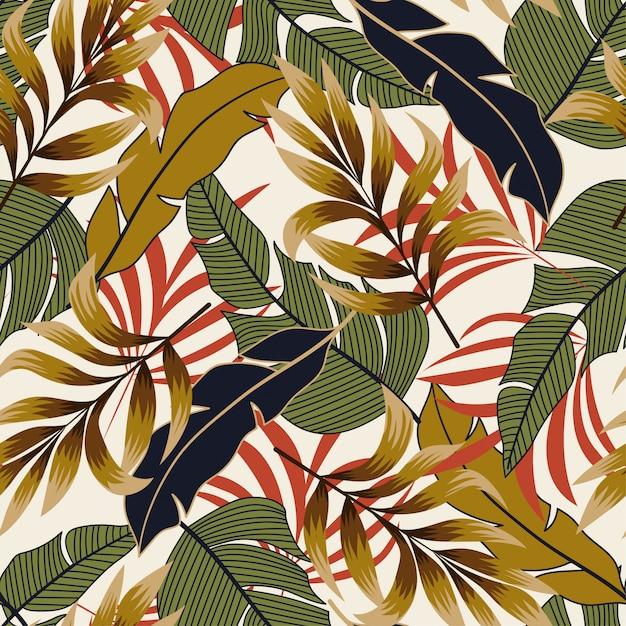 Naadloos patroon in tropische stijl met heldere planten en bladeren Premium Vector