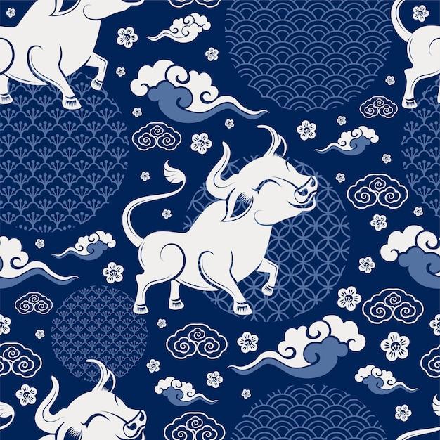Naadloos patroon met chinees nieuwjaar zodiac jaar van het os-teken met aziatische elementen Gratis Vector