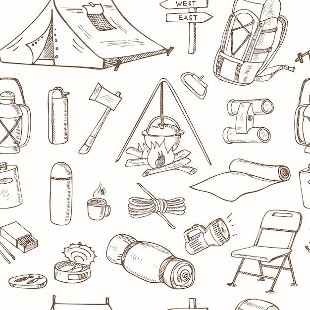 Naadloos patroon met hand getrokken tekeningen van kampeeruitrusting. schetsen. handtekening. Premium Vector