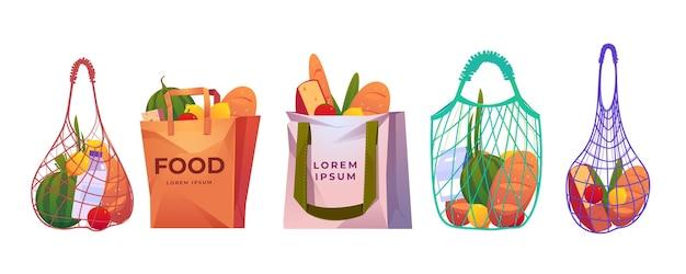 Netto, papier en katoenen boodschappentassen met kruidenier op wit wordt geïsoleerd Gratis Vector