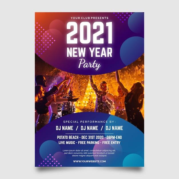Nieuwjaar 2021 feestflyer met foto Gratis Vector
