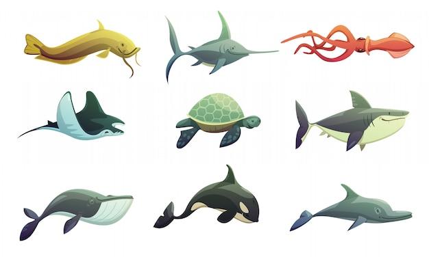 Oceaan onderwater dieren cartoon retro tekens instellen met pijlstaartrog shark schildpad zwaardvis Gratis Vector