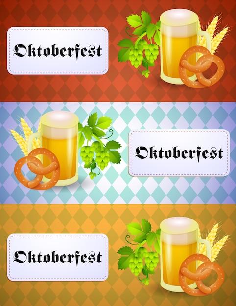 Oktoberfestbanner met biermok en krakeling Gratis Vector