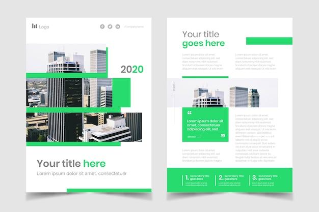 Onroerend goed zakelijke poster met gebouwen Gratis Vector