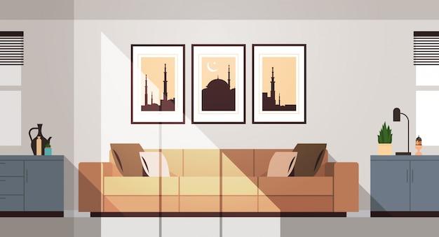 Oost-traditionele woonkamer interieur met meubels en foto's op de muur ramadan kareem moslim religie heilige maand plat horizontaal Premium Vector