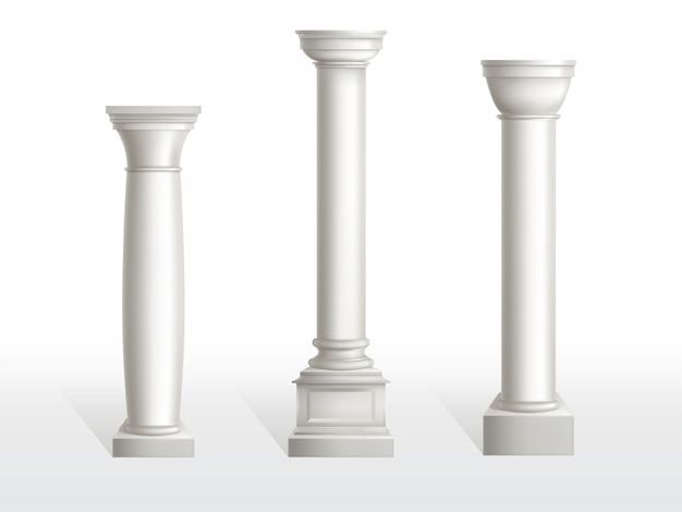 Oude kolommen geplaatst die op witte achtergrond worden geïsoleerd. Gratis Vector