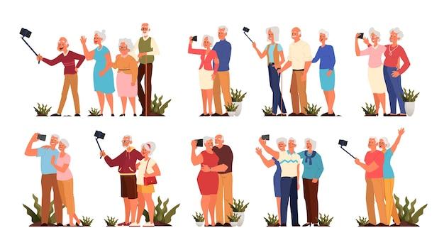 Oude mensen nemen selfie samen set. oudere personages die een foto van zichzelf maken. oude mensen leven concept. senioren met een actief sociaal leven. stijl Premium Vector
