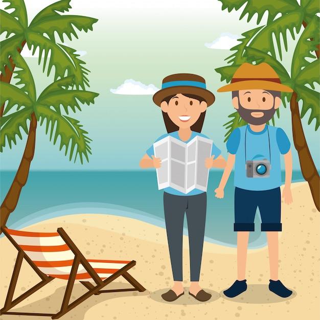 Paar in het strand karakters Gratis Vector