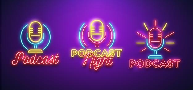 Pack van neon podcast-logo's Gratis Vector