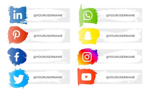 Pack van penseelstreken banner met social media iconen Gratis Vector