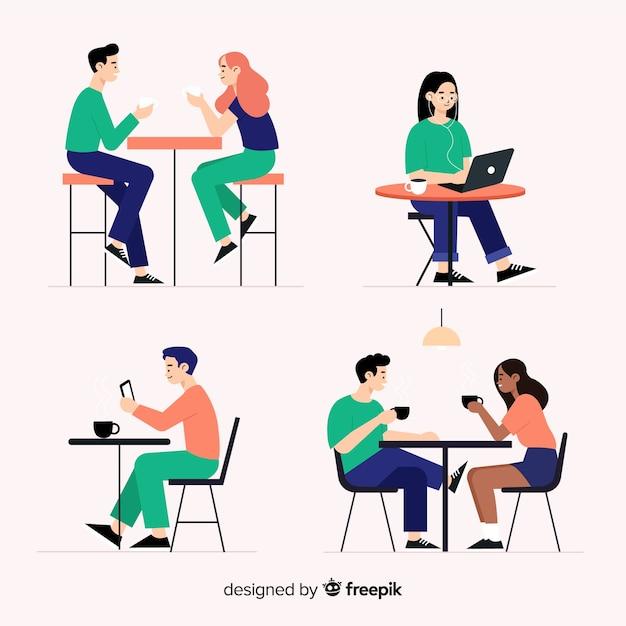 Pak mensen zitten in een café Gratis Vector