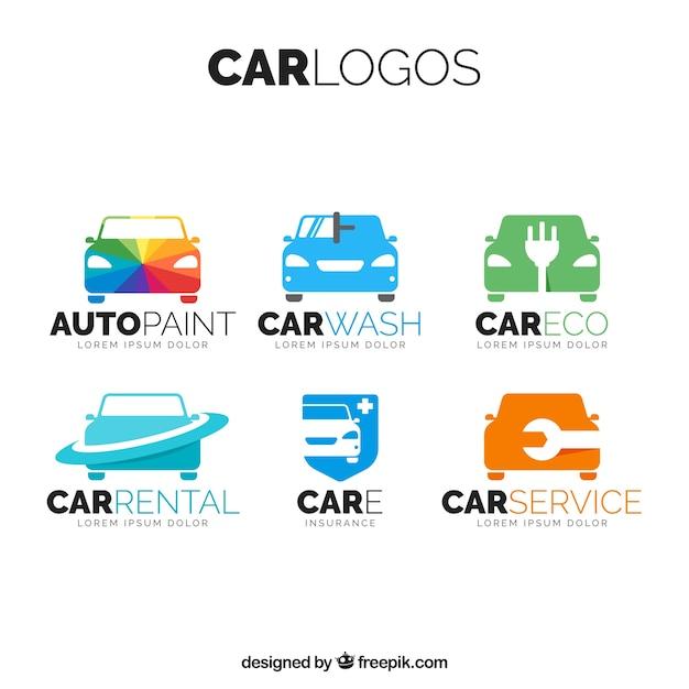 Pak van gekleurde auto-emblemen Gratis Vector