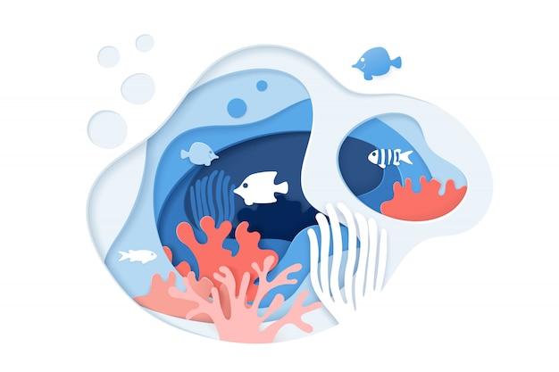 Papier gesneden onderwater oceaan achtergrond met koraalrif, vissen, zeewier, bubbels en golven. Premium Vector