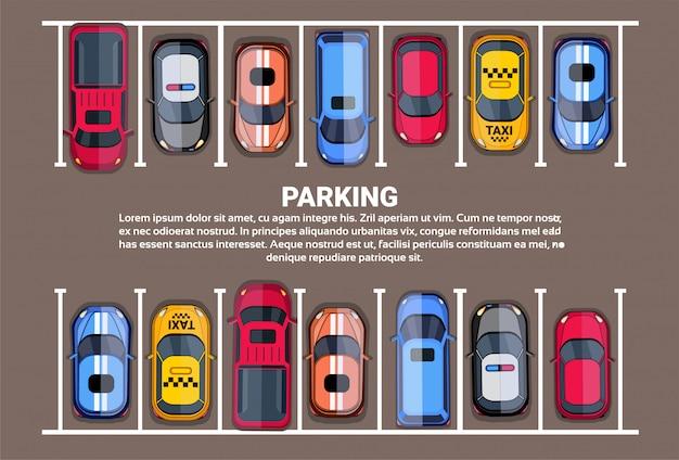Parkeerplaats hoogste mening met reeks kleurrijke auto's, de achtergrond van de parkstreek Premium Vector