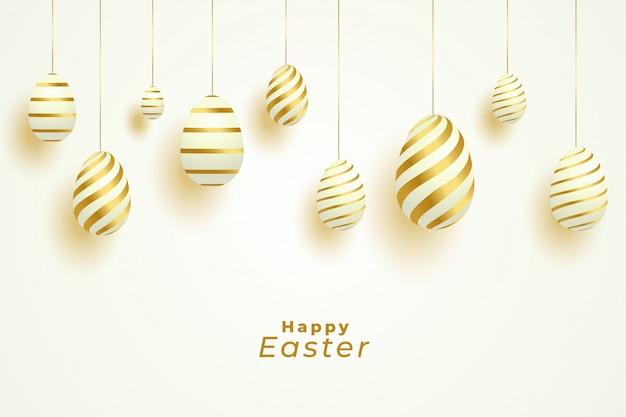 Pasen-dagviering met gouden eierendecoratie Gratis Vector