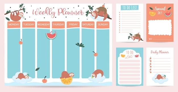 Pastel wekelijkse planner met luiaard, waterverf, sinaasappel en boom Premium Vector