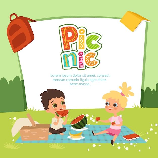 Picknick banner. kinderen zitten in de tuin en eten wat fruit Premium Vector