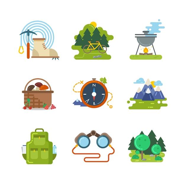 Platte camping buiten vector iconen. reisactiviteit, uitrusting en avontuurillustratie Gratis Vector