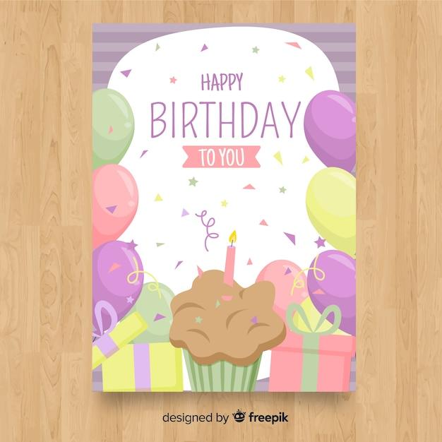 Platte gelukkige verjaardag kaartsjabloon Gratis Vector