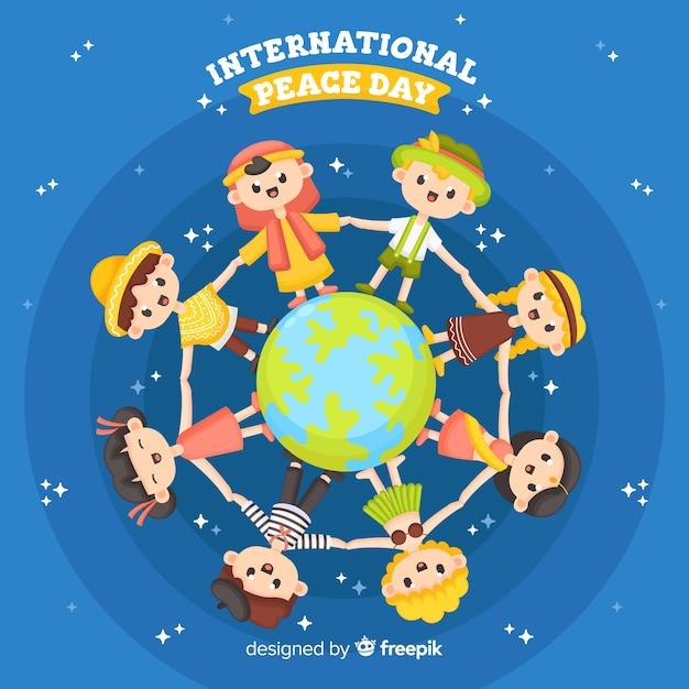 Platte ontwerp vredesdag met kinderen Gratis Vector