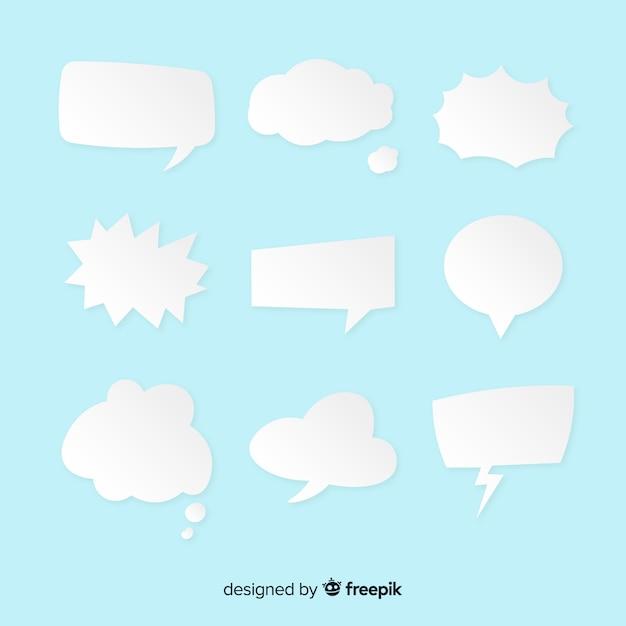 Platte toespraak bubble collectie op lichtblauwe achtergrond Gratis Vector